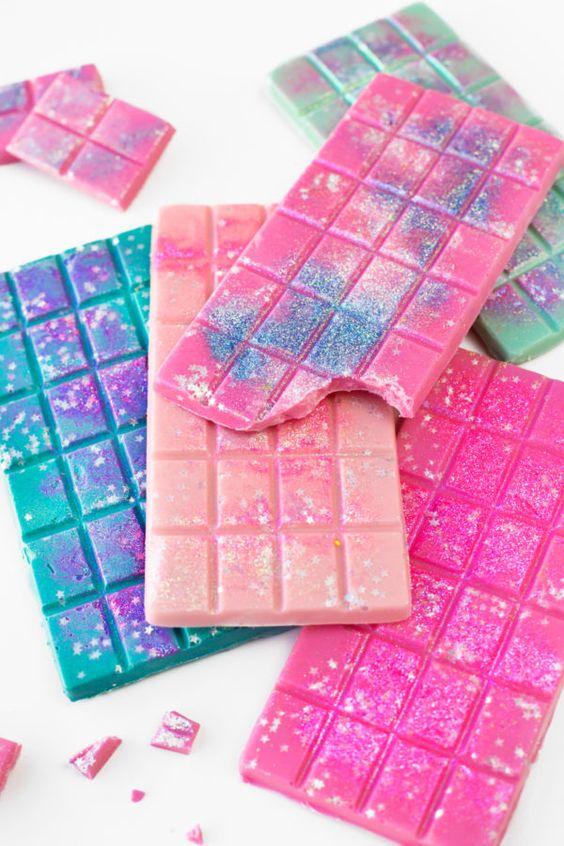 Unicorn desserts for a unicorn party: Glitter Chocolate Bars