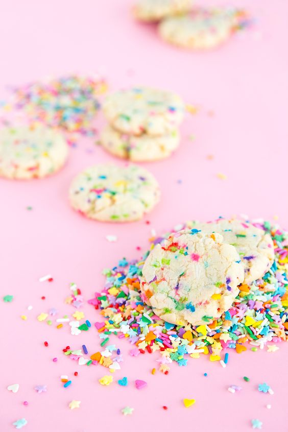 Unicorn desserts for a unicorn party: Unicorn Funfetti Cookies