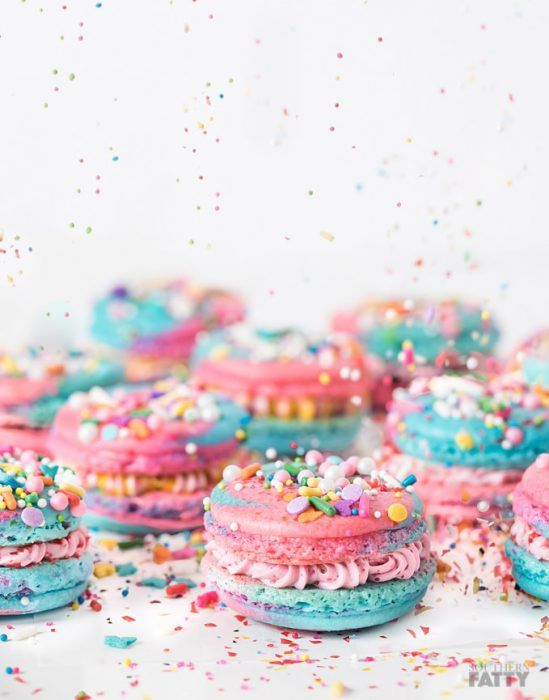 Unicorn desserts for a unicorn party: Unicorn Macarons