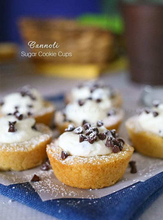Thanksgiving Desserts: Cannoli Sugar Cookie Cups