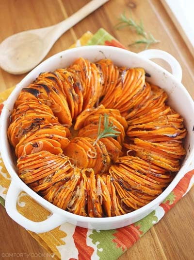 Christmas Dinner Recipes: Crispy Roasted Rosemary Sweet Potatoes