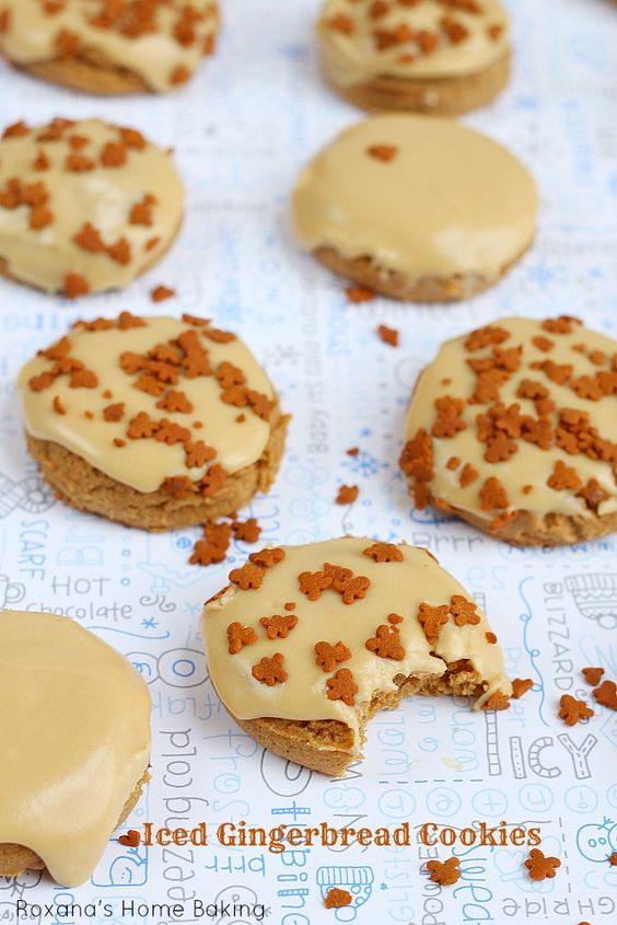 Christmas Gingerbread Recipes: Iced Gingerbread Cookies
