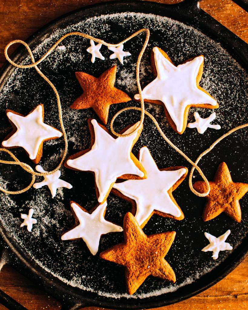 Christmas Cookies: Sweet Christmas Gingerbread Star Cookies