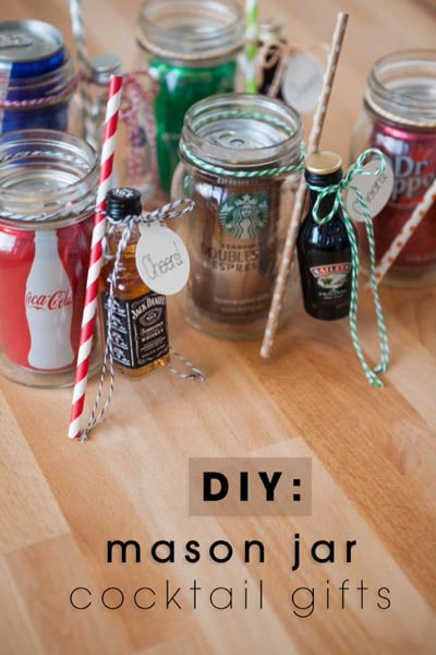 Valentines Day Mason Jar Gifts: Cocktail in a Jar
