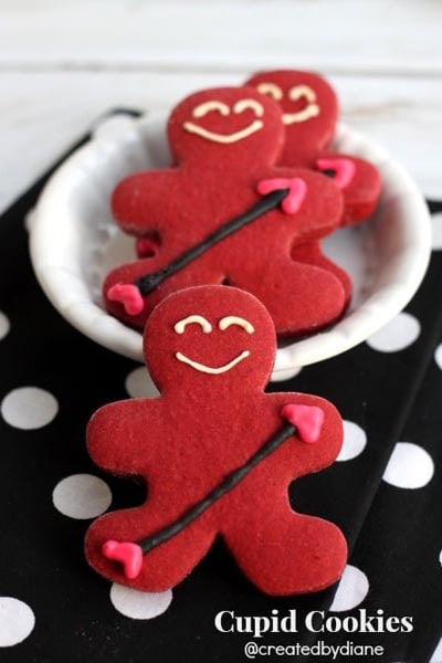 Easy Valentines Day Cookies: Cupid Cookies