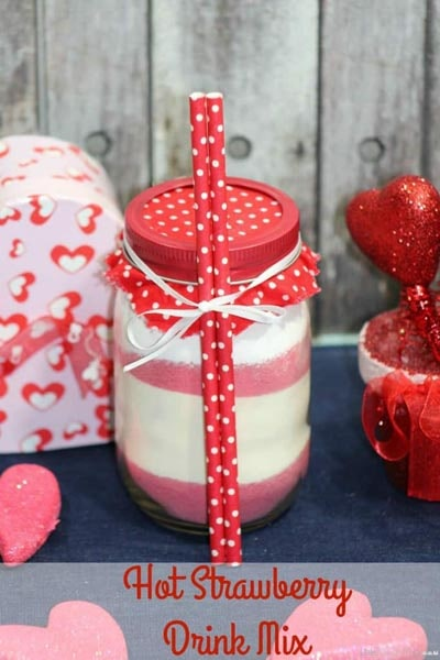 Valentines Day Mason Jar Gifts: Hot Strawberry Drink Mix