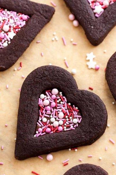 Easy Valentines Day Cookies: Valentine's Day Chocolate Sugar Cookies