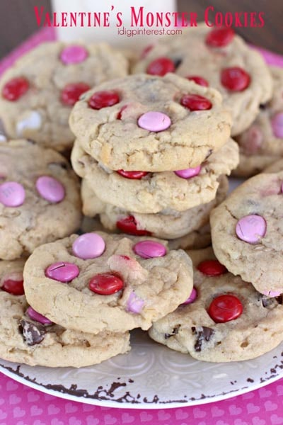 Easy Valentines Day Cookies: Valentine's Monster Cookies