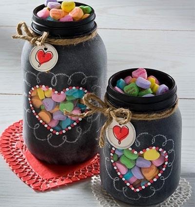 Valentines Day Mason Jar Gifts: Valentine Chalkboard Mason Jars