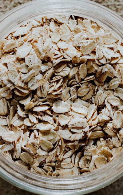 Foods To Stop Bloating: oatmeal