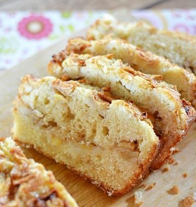 Homemade Baked Bread Recipes: Amazingly Delicious Apple Bread