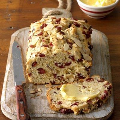 Homemade Baked Bread Recipes: Cranberry Orange Almond Quick Bread