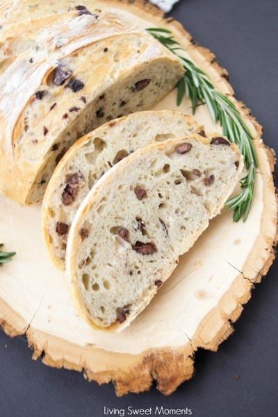 Homemade Baked Bread Recipes: Crusty Rosemary Olive Bread Recipe