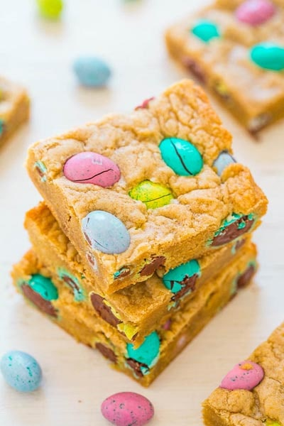 Easter desserts and treats: Easter Egg Blondies
