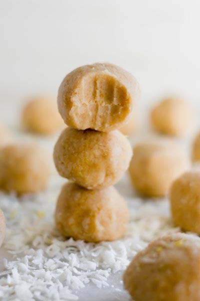 Keto Fat Bombs: Gluten Free Lemon Bar Fat Bombs