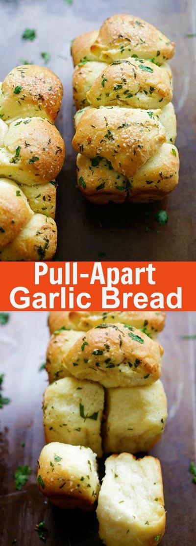 Homemade Baked Bread Recipes: Pull Apart Garlic Bread