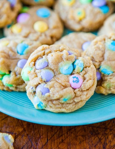 Easter desserts and treats: Soft and Chewy M&Ms Cookies