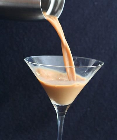 Keto Cocktails: Vanilla Latte Martini