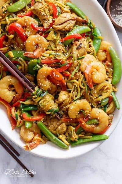 Spiralizer Recipes: Singapore Zoodle Stir Fry With Chicken