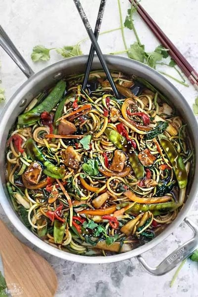 Spiralizer Recipes: Stir-fry Zucchini Noodles
