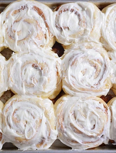Cinnamon Roll Dessert Recipes: Yukon Gold Cinnamon Rolls with Perfect Icing