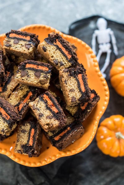 Fun Halloween Snack Ideas and Halloween Treats: Halloween Oreo Brookie Bars