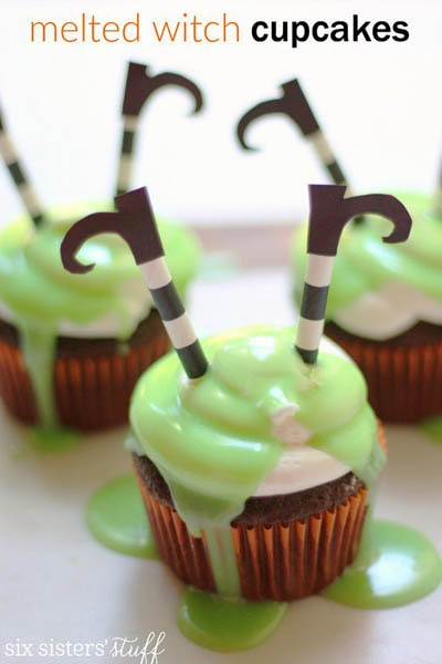 Fun Halloween Snack Ideas and Halloween Treats: Melted Witch Cupcakes