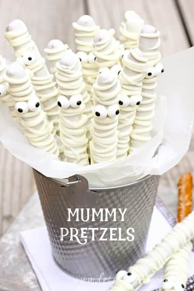 Fun Halloween Snack Ideas and Halloween Treats: White Chocolate Mummy Pretzels