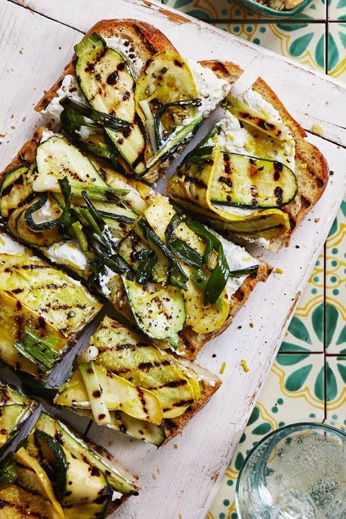 Meatless meal recipes: Grilled Squash Garlic Bread