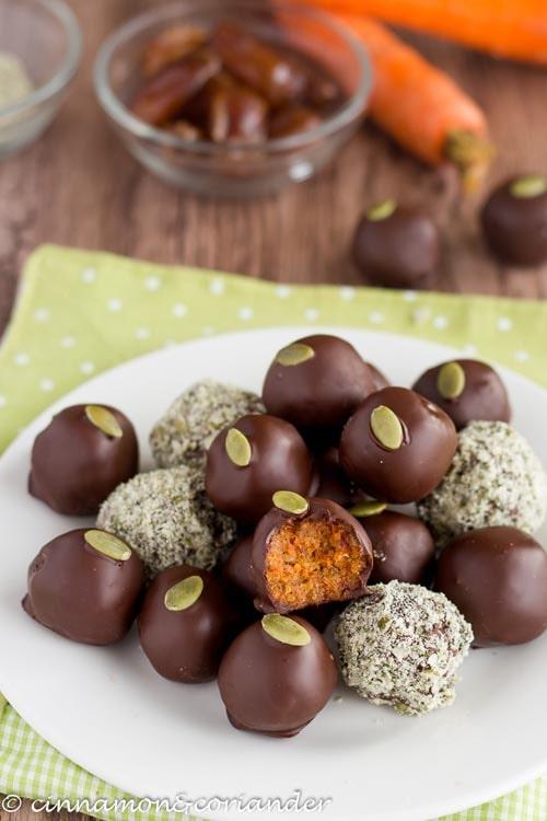 Sugar free desserts: Vegan Carrot Cake Truffles