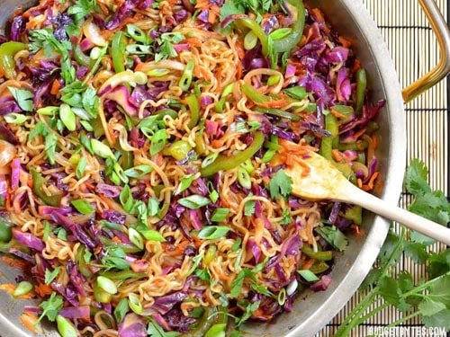 Meatless meal recipes: Vegetable Stir Fry With Noodles