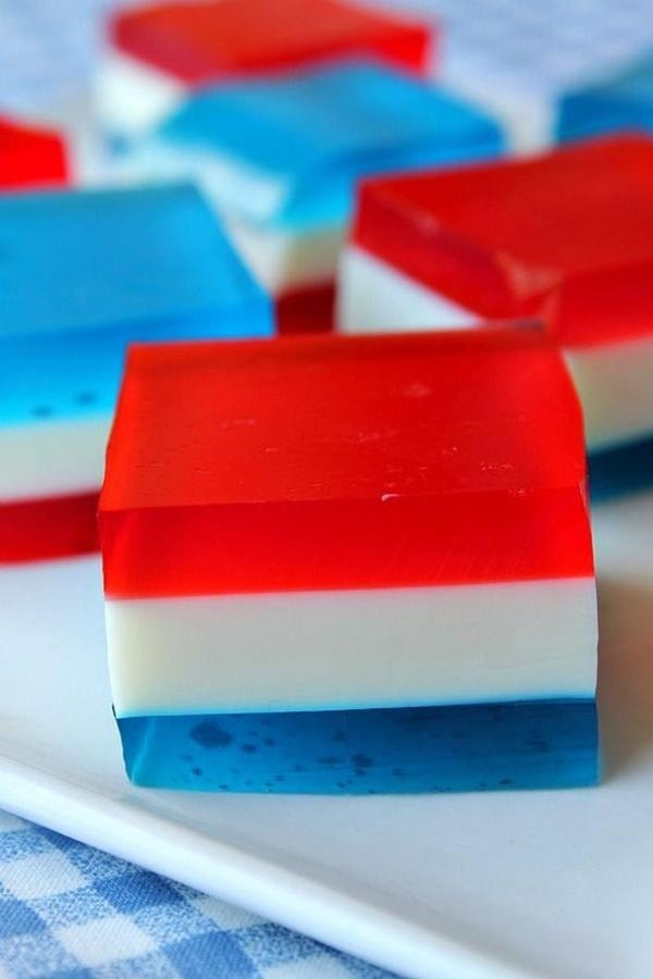 4th Of July Desserts: Red White & Blue Finger Jello